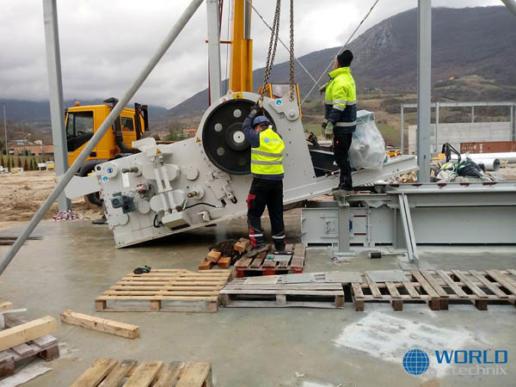 demontaż maszyn i relokacja do Włoch